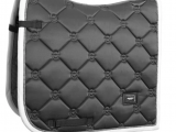 Equestrian Stockholm – Tapis silver cloud SS21