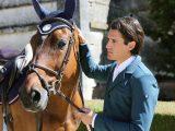 Oscar & Gabrielle – Horse-Bonnet Jody (marine)